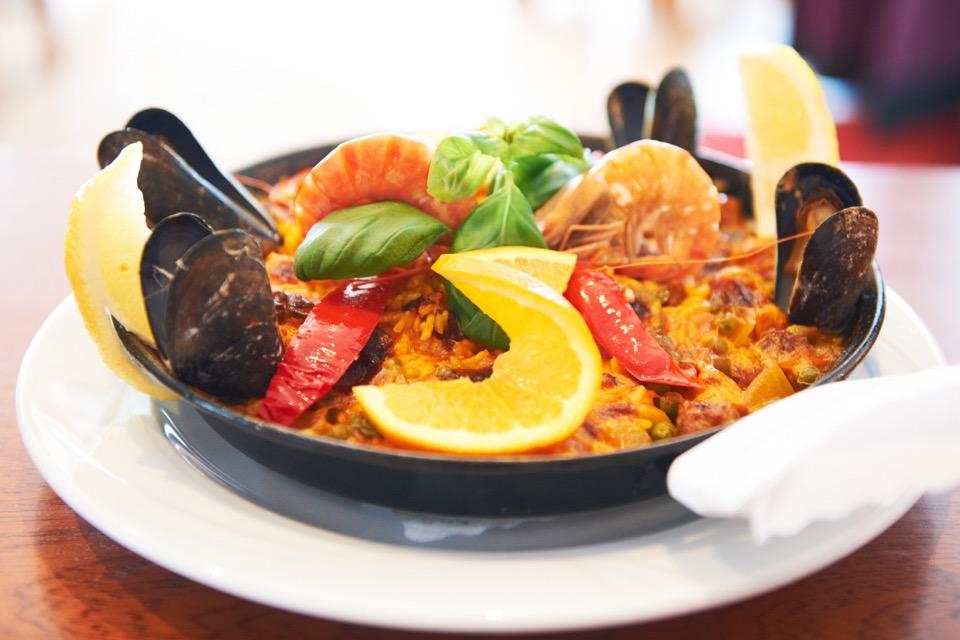 Casa-Madeira_Portugiesisches-Restaurant_Hamburg_Paella